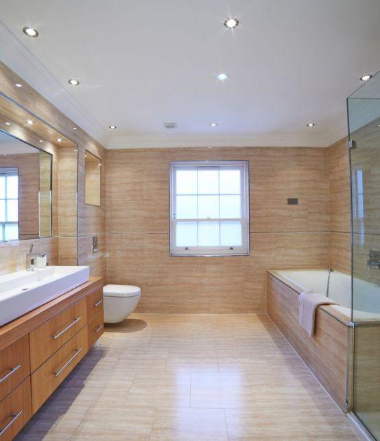vue interieur d'une salle de bain de luxe